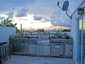 Roof Top Fitchen and BB-Q Grill