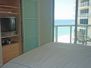 Ocean Front Unit Second Master Bedroom